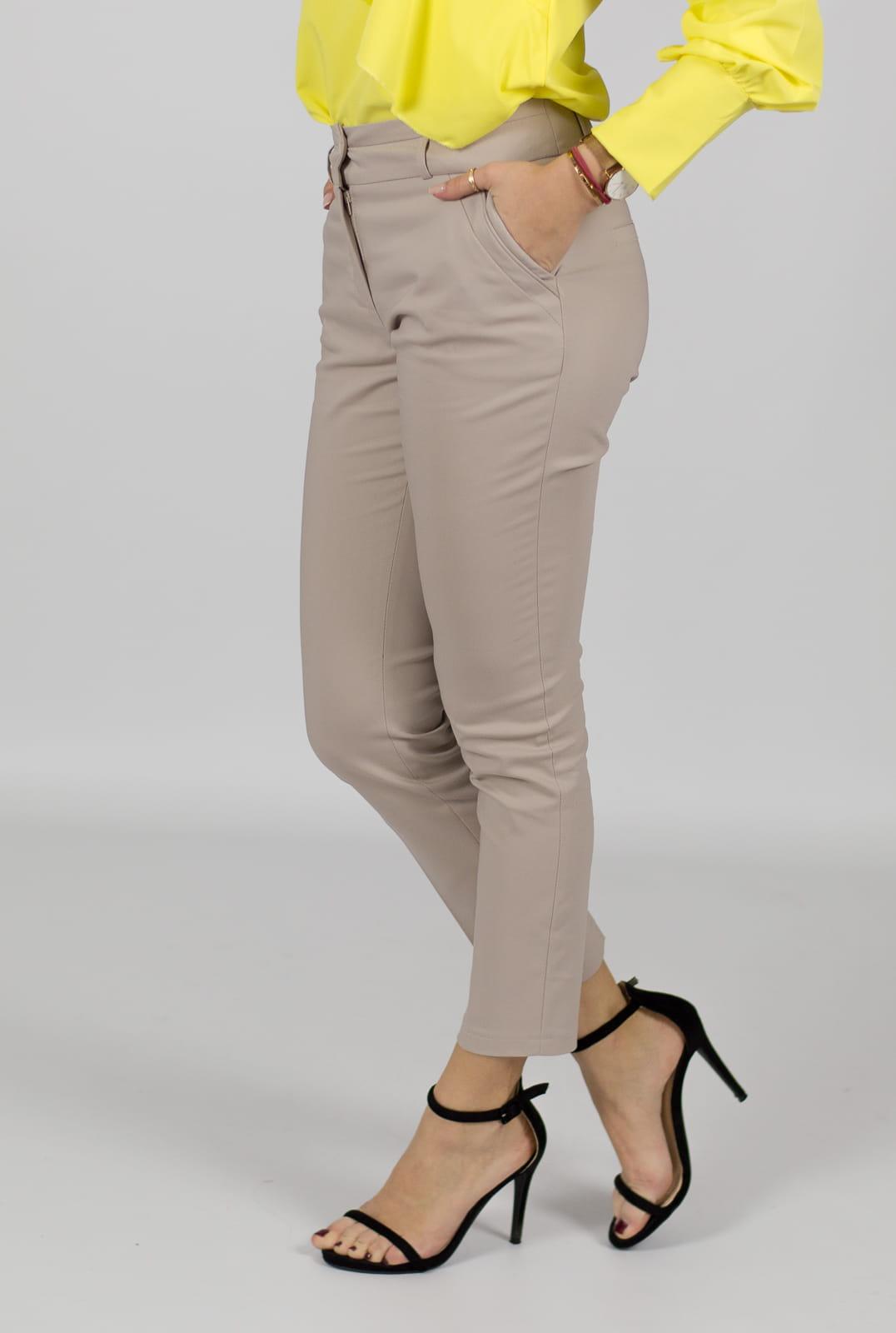 c5672073c777c4 Eleganckie spodnie damskie BB beżowe 7/8 - Isuka. 27952_24660. promocja.  27952_24660 · 27952_24661 · 27952_24662 · 27952_24663 · 27952_24664