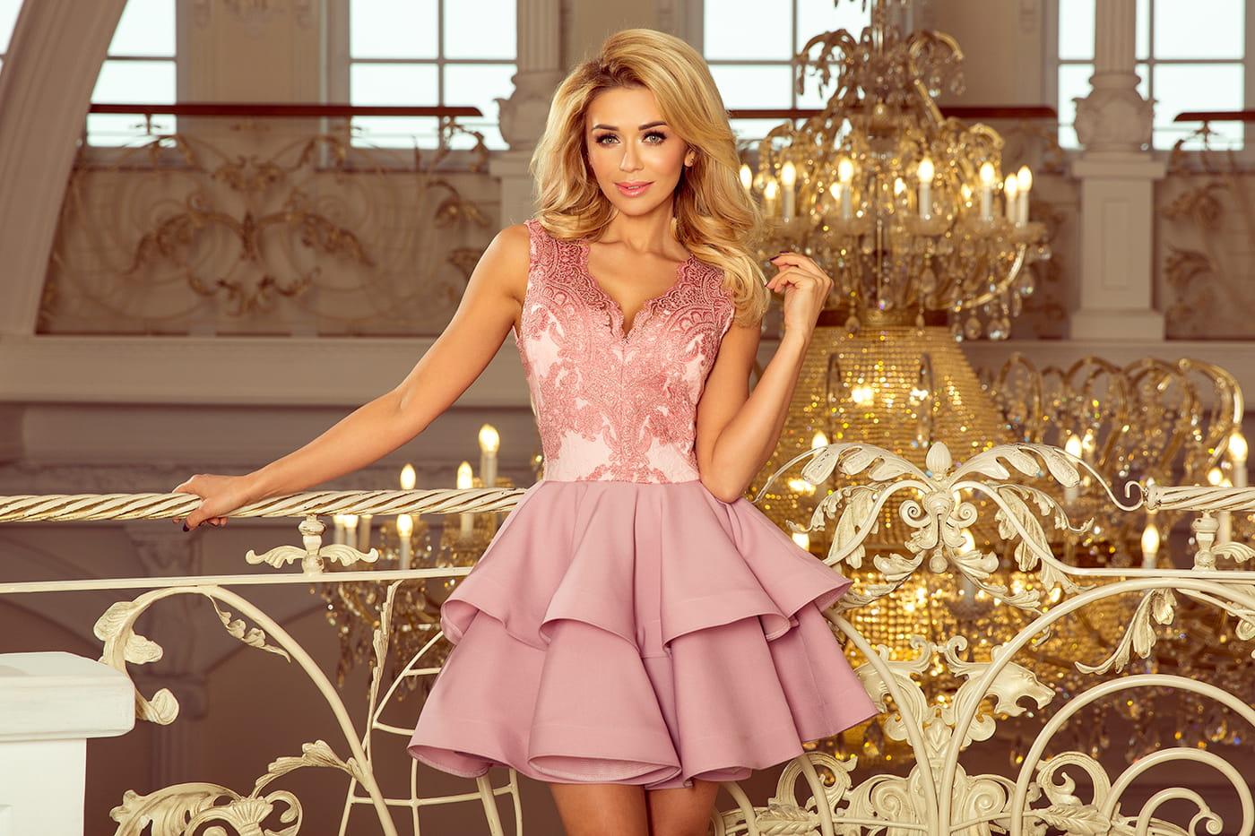 7a7aa68543e97f ... 3632200-5 CHARLOTTE - ekskluzywna sukienka z koronkowym dekoltem - PUDROWY  RÓŻ-5 ...